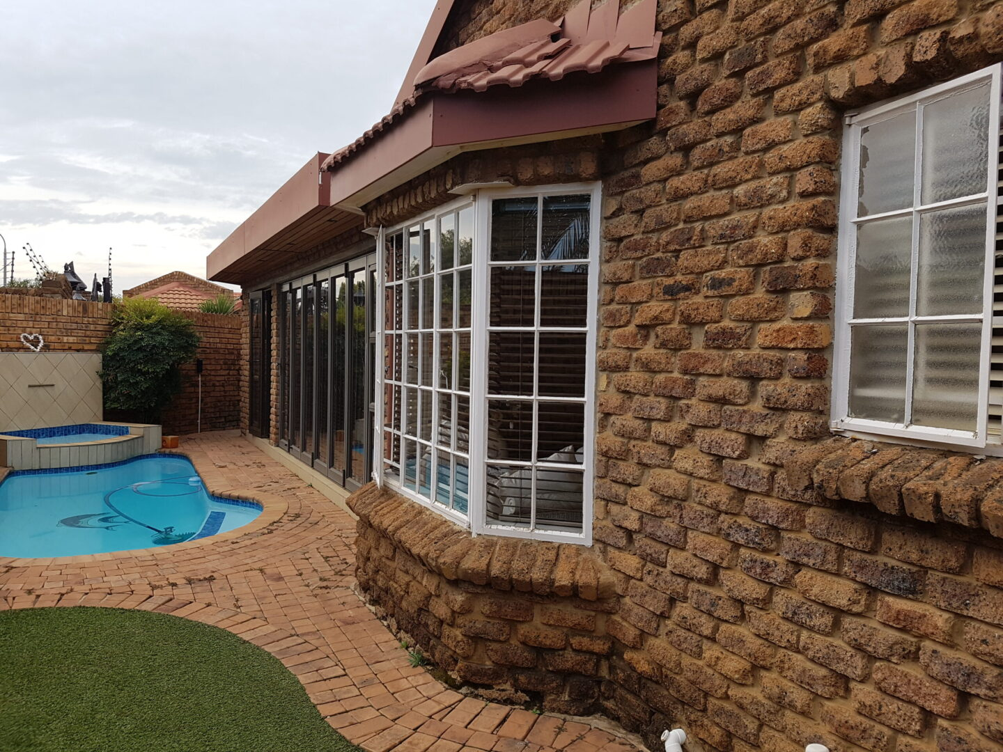 Townhouse for sale in Vanderbijlpark Se3