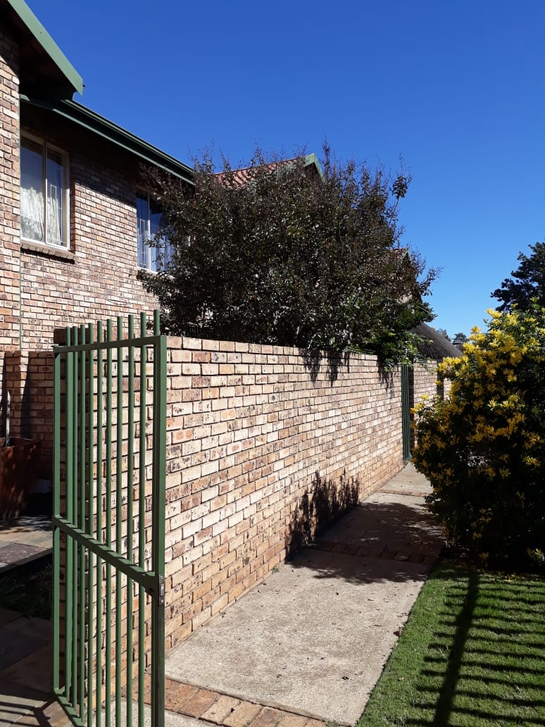 Vanderbijlpark Se3 Duplex Townhouse for Sale